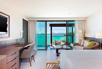 superior-sea-view-room-with-pool-access.jpg
